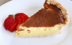 800px-Lemon_chess_pie_for_pi_day_with_strawberry-1024x640-1